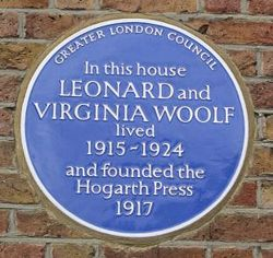 250px-hogarth_press_blue_plaque_richmond_surrey