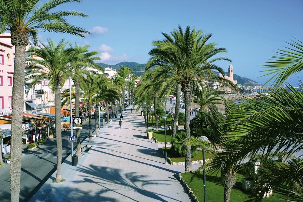 Paseo marítimo de Sitges. Crédito. capcatalogne