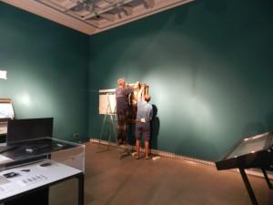Montadores de exposición. Arte por Cuatro