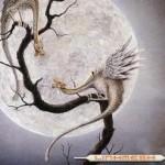 Luna y dragón Crédito:Oldcivilizations's