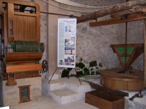 Molino de la Villa y Tourist Info Ademúz