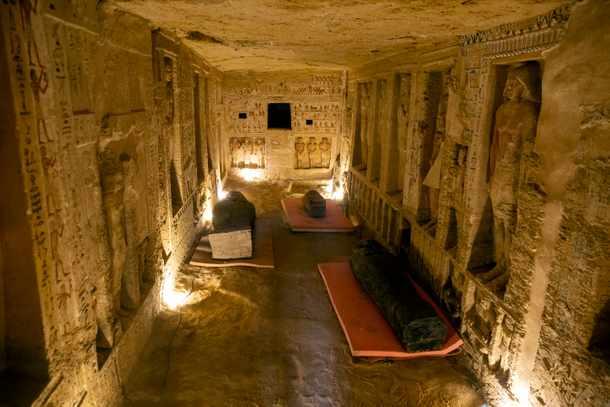 59 sarcófagos sellados en Saqqara