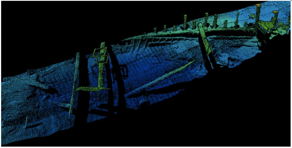 Barco intacto hundido en el Mar Negro