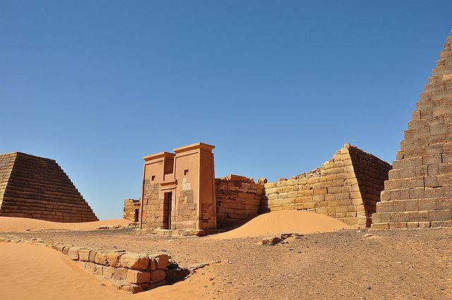 Pirámides olvidadas de Nubia en Meroe