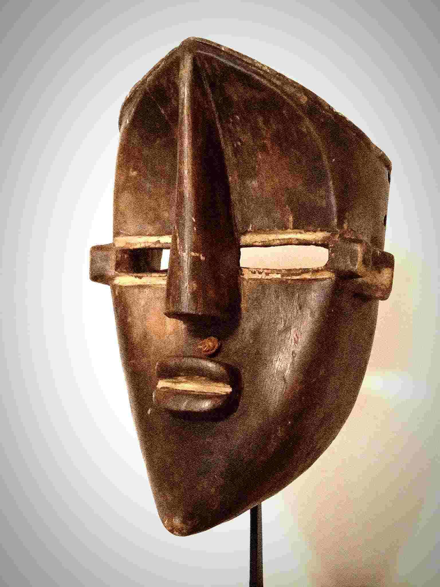 Máscara lwalwa, RDC. Arte tribal adfricano